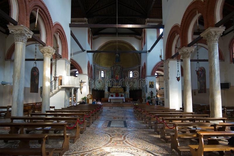 圣玛丽亚e多纳托,威尼斯中世纪教会的内部  免版税库存图片
