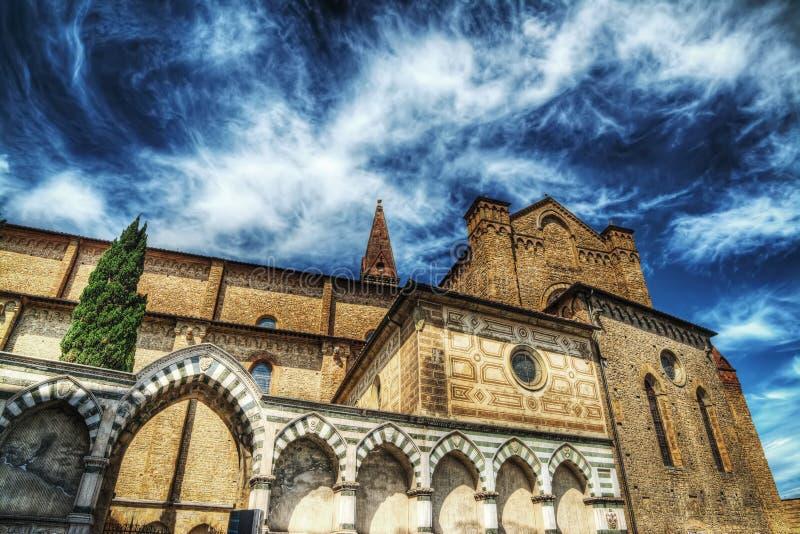 圣玛丽亚hdr的中篇小说大教堂 库存图片