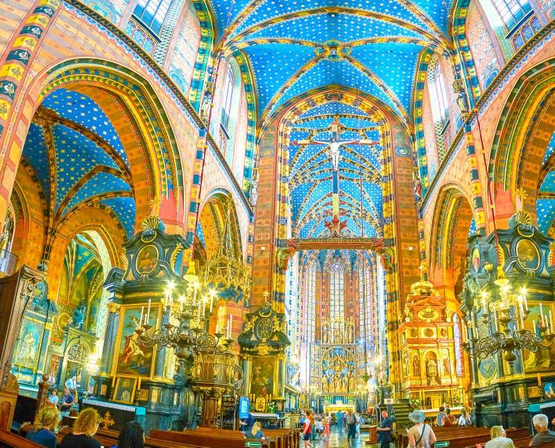 圣玛丽大教堂,克拉科夫,波兰内部全景  库存照片