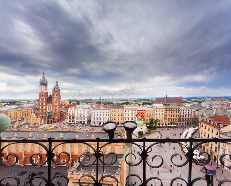 圣玛丽教会在主要集市广场 克拉科夫 免版税库存照片