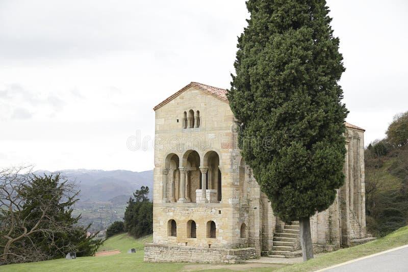 圣玛丽教会登上的Naranco 库存图片