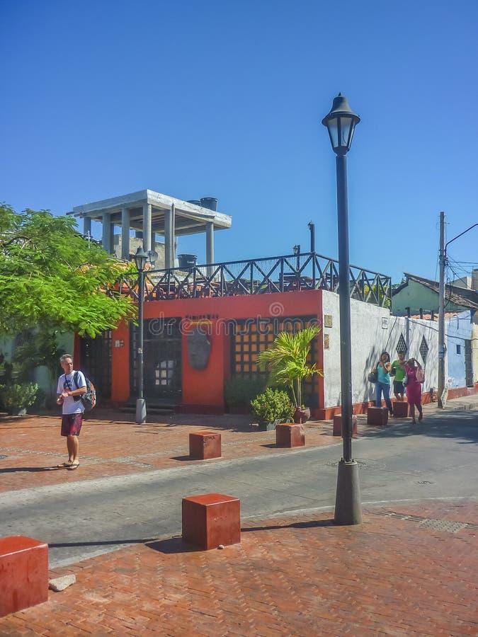 圣玛尔塔哥伦比亚传统街道  免版税库存图片