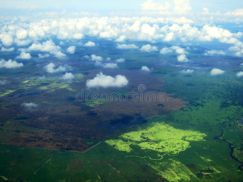 圣玛尔塔kust (哥伦比亚) vanuit het de lucht;圣玛尔塔coa 图库摄影