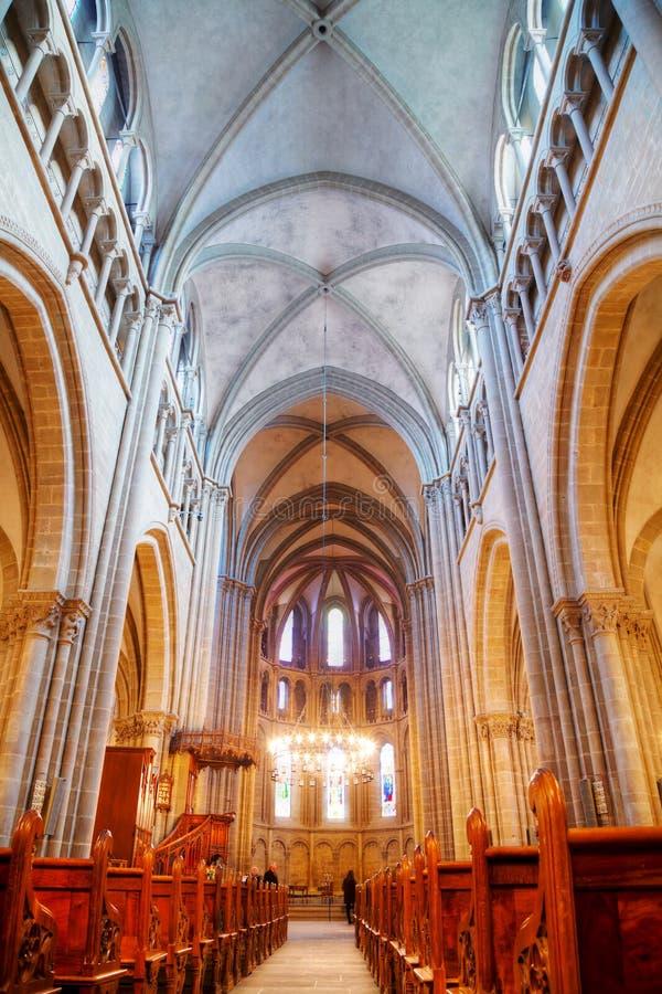 圣皮埃尔大教堂内部在日内瓦 免版税库存图片