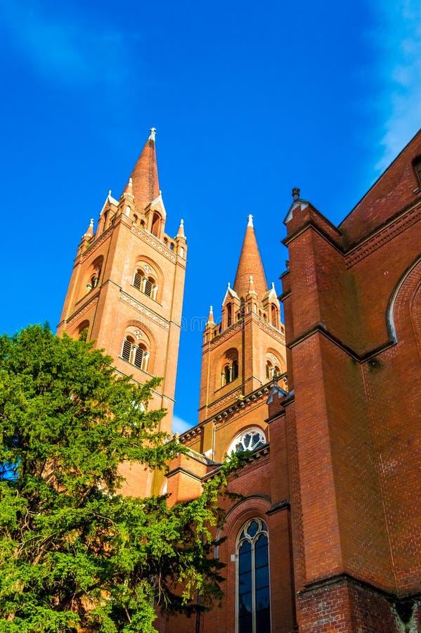 圣皮特圣徒・彼得大教堂在Djakovo,斯拉沃尼亚地区 库存照片