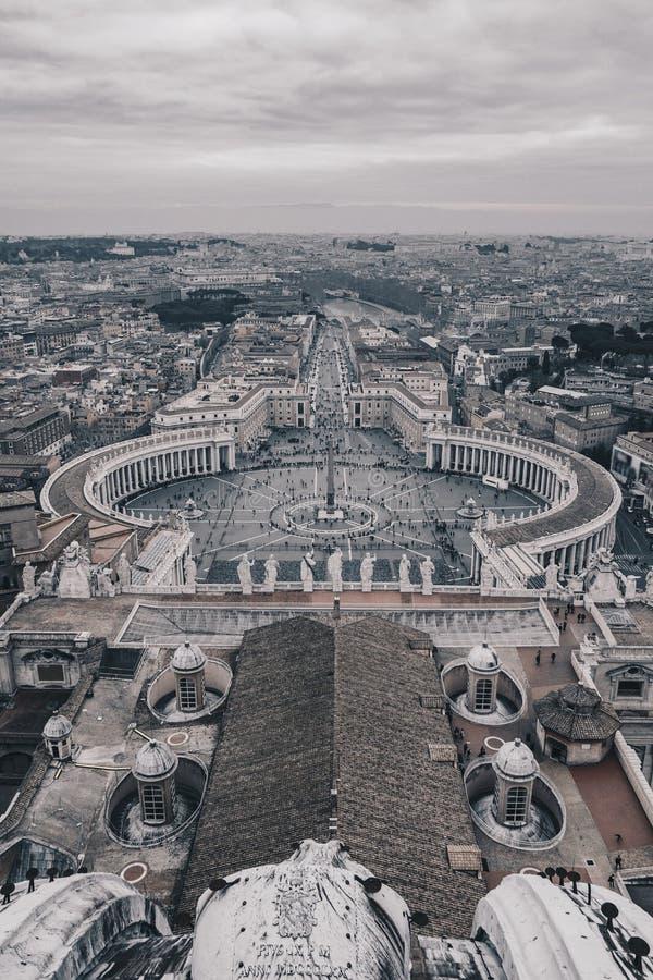 圣皮特圣徒・彼得` s正方形如从上面被看见,黑白版本 免版税图库摄影
