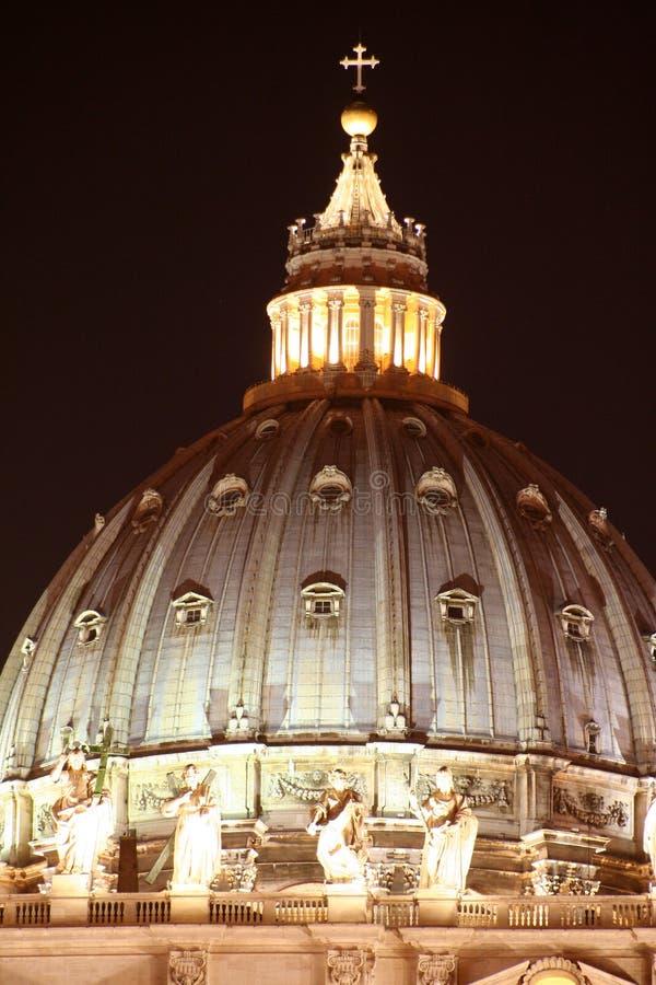 圣皮特的圆顶/晚上 库存照片