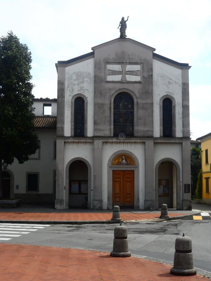 圣米谢勒教区在阿利亚纳,托斯卡纳,意大利 库存图片
