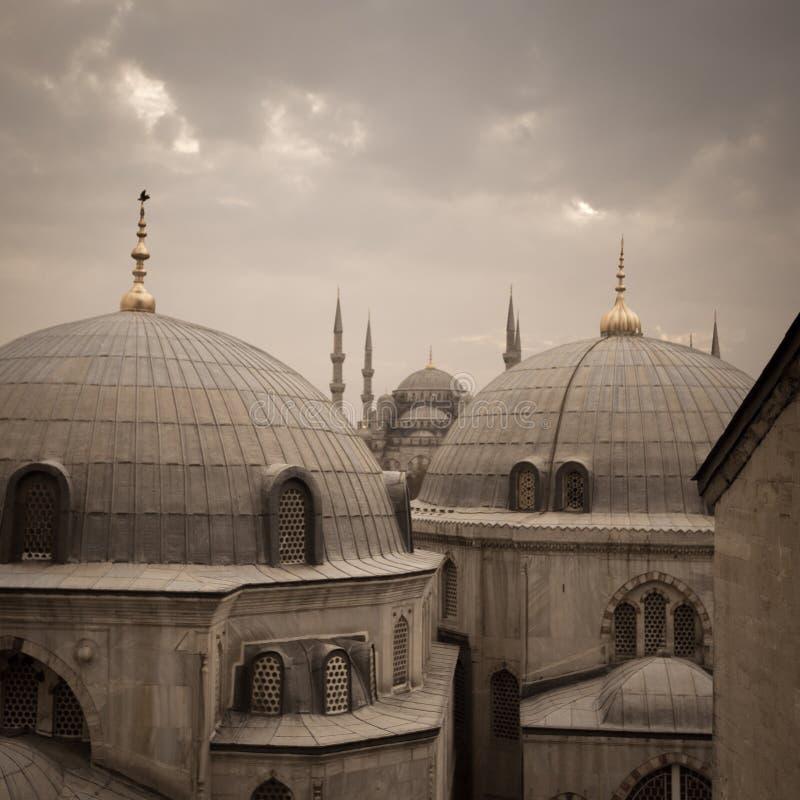 圣索非亚大教堂和蓝色清真寺,伊斯坦布尔,土耳其- 2014年12月 免版税库存图片