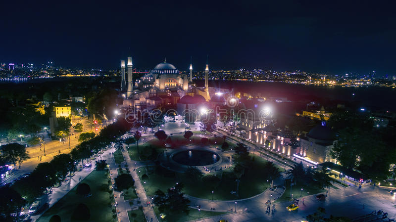 圣索非亚大教堂大教堂空中夜视图  图库摄影