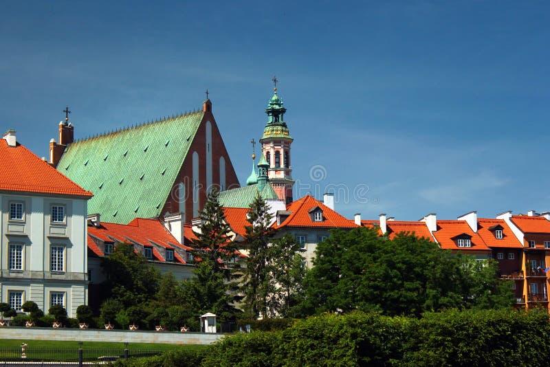圣约翰` s Archcathedral和皇家城堡在华沙,波兰老镇  库存照片