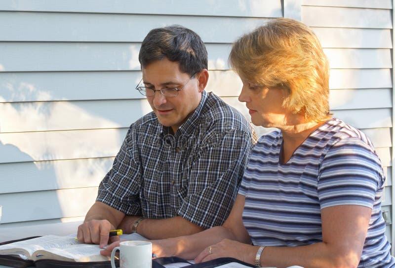 圣经夫妇研究 免版税库存图片