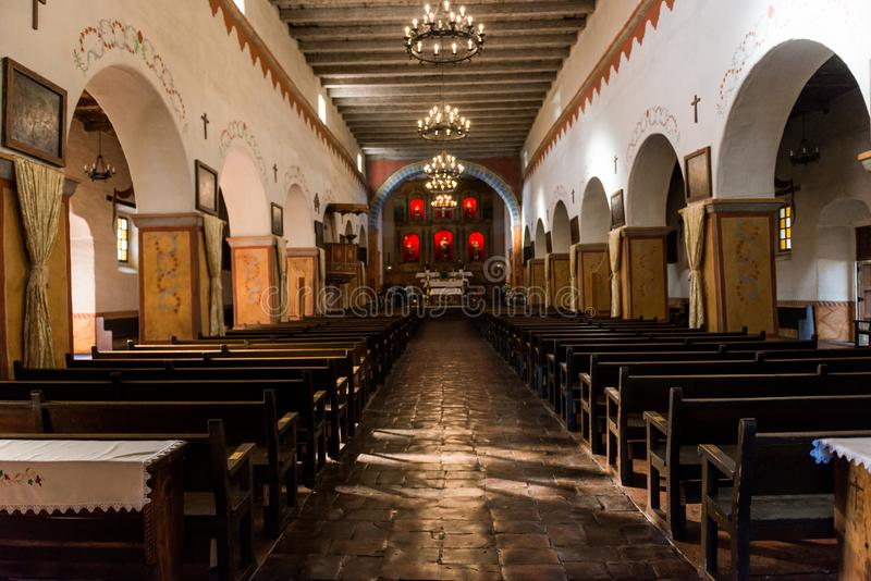 圣胡安包蒂斯塔,加利福尼亚,美国的使命的内部 免版税库存照片