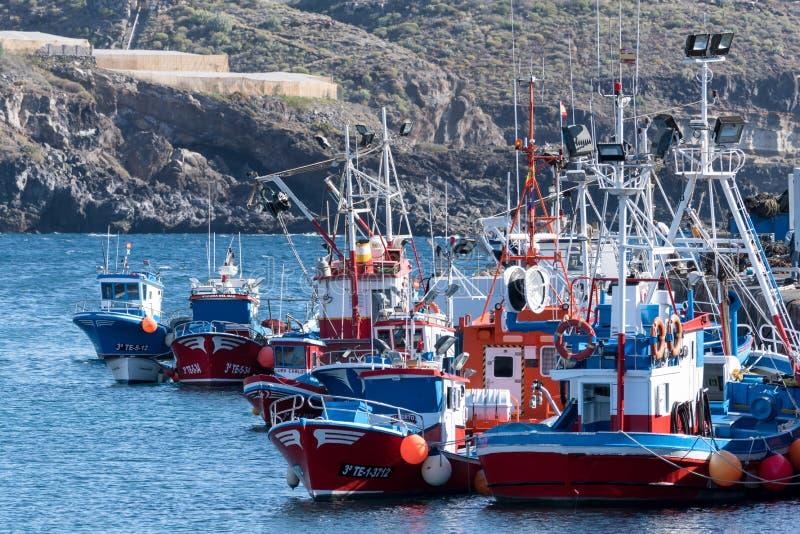 圣胡安, TENERIFE/SPAIN - 2015年1月18日:在Sa中停泊的小船 免版税库存照片