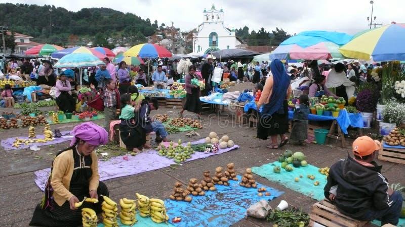 圣胡安Chamula市场在墨西哥 库存图片