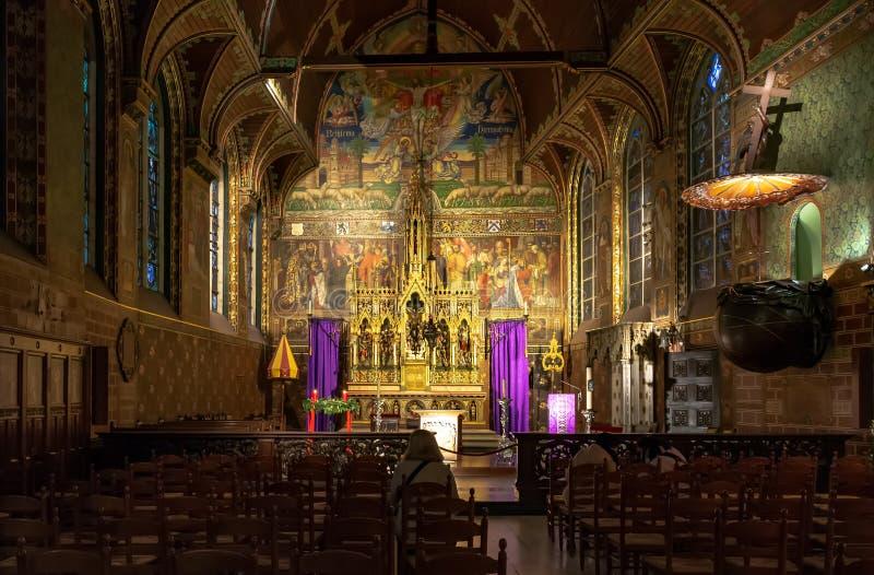 圣血圣殿的主要法坛在布鲁日,比利时 免版税库存图片