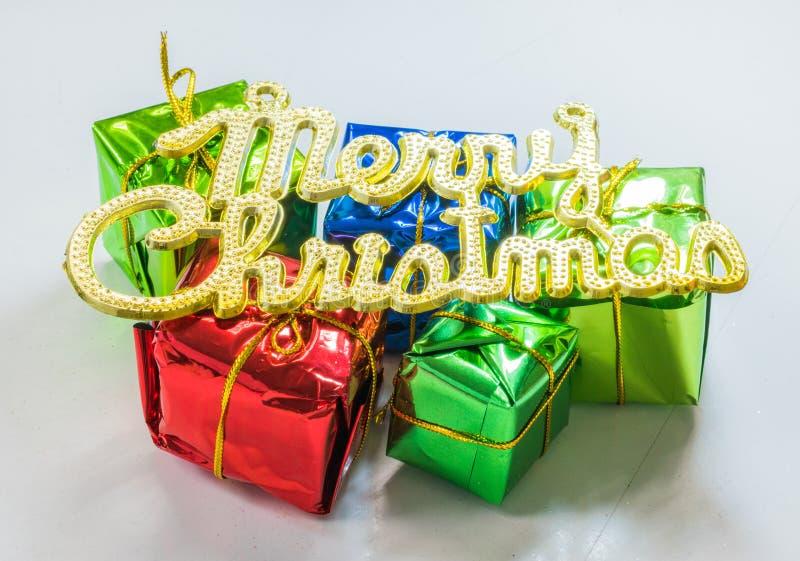 圣诞前夕礼品节假日许多装饰品 免版税图库摄影