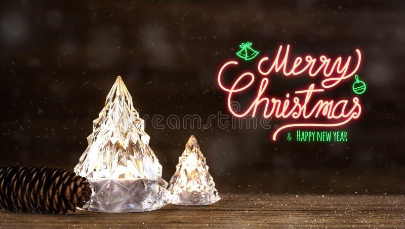 圣诞快乐和新年快乐霓虹灯广告与现代玻璃圣诞树与光在黑暗的木桌上与墙壁为 免版税库存照片