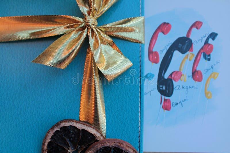 圣诞快乐和新年快乐AUGURI! 免版税库存图片