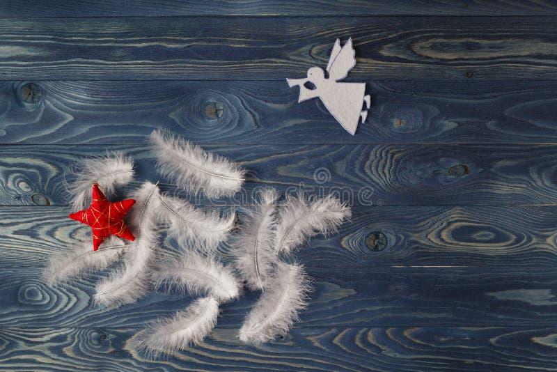 圣诞快乐天使飞过背景 2007个看板卡招呼的新年好 库存图片