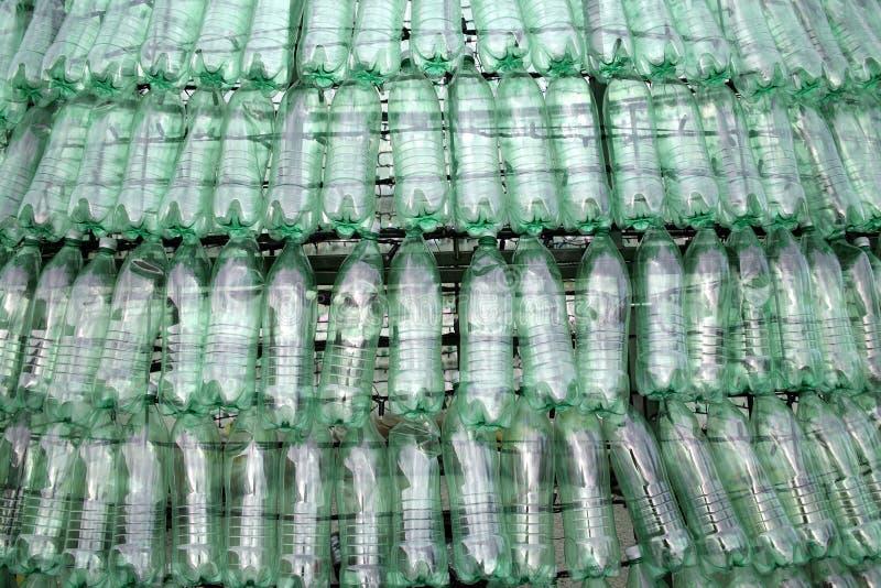 圣诞树由塑料瓶制成,细节,出现在萨格勒布2015年 免版税库存图片