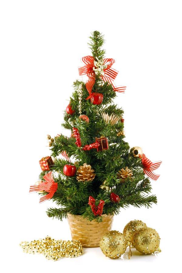 Download 圣诞树 库存图片. 图片 包括有 气球, 装饰品, 节假日, 存在, 绿色, bulfinch, 结构树, 欢乐 - 3667241
