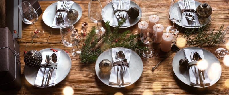 圣诞桌饰 免版税库存图片