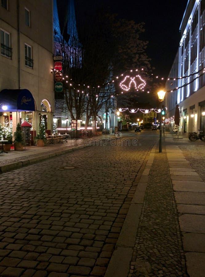 圣诞灯米特区柏林在德国在夜之前 免版税图库摄影