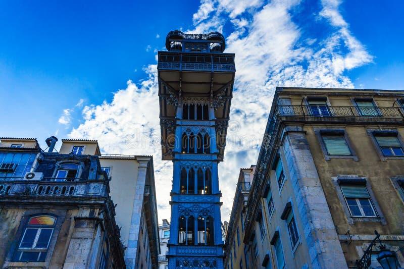 圣诞老人胡斯塔推力也告诉了推力是一个电梯在里斯本的卡尔穆 免版税库存照片