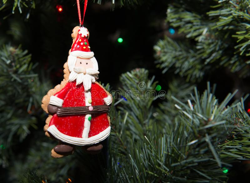 圣诞老人装饰品在圣诞节树 免版税图库摄影