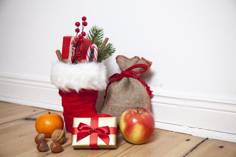 圣诞老人解雇圣Nikolaus 库存图片