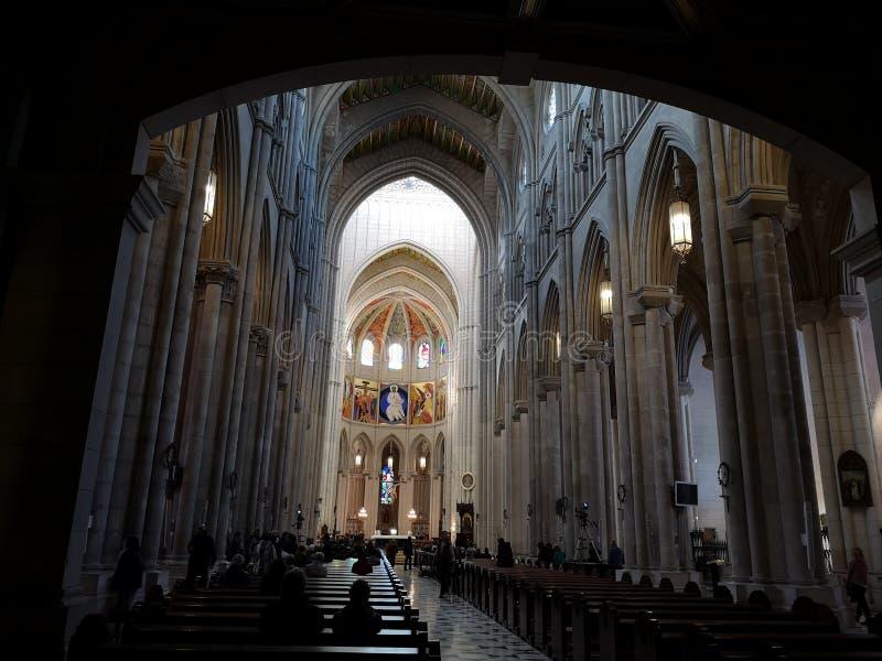 圣诞老人MarÃa la Real de la阿尔穆德纳,马德里,西班牙大教堂的内部  免版税库存图片