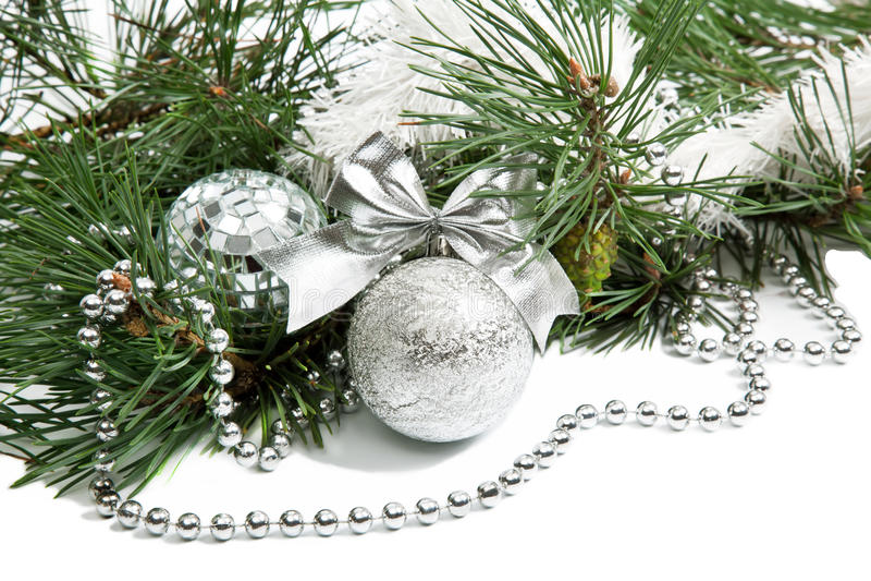 圣诞节与银色球的冷杉木分行 图库摄影