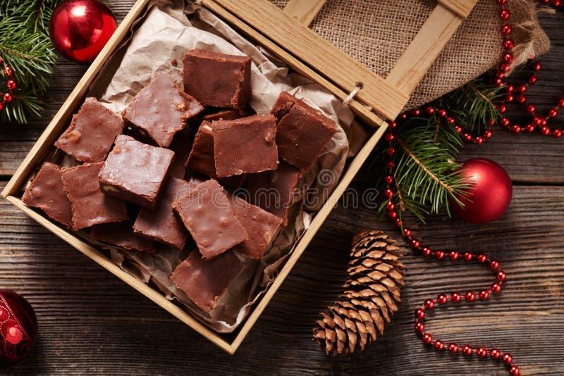 圣诞节乳脂软糖传统自创巧克力 免版税库存照片