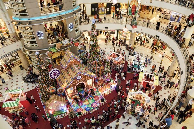 圣诞节人群购物 免版税图库摄影