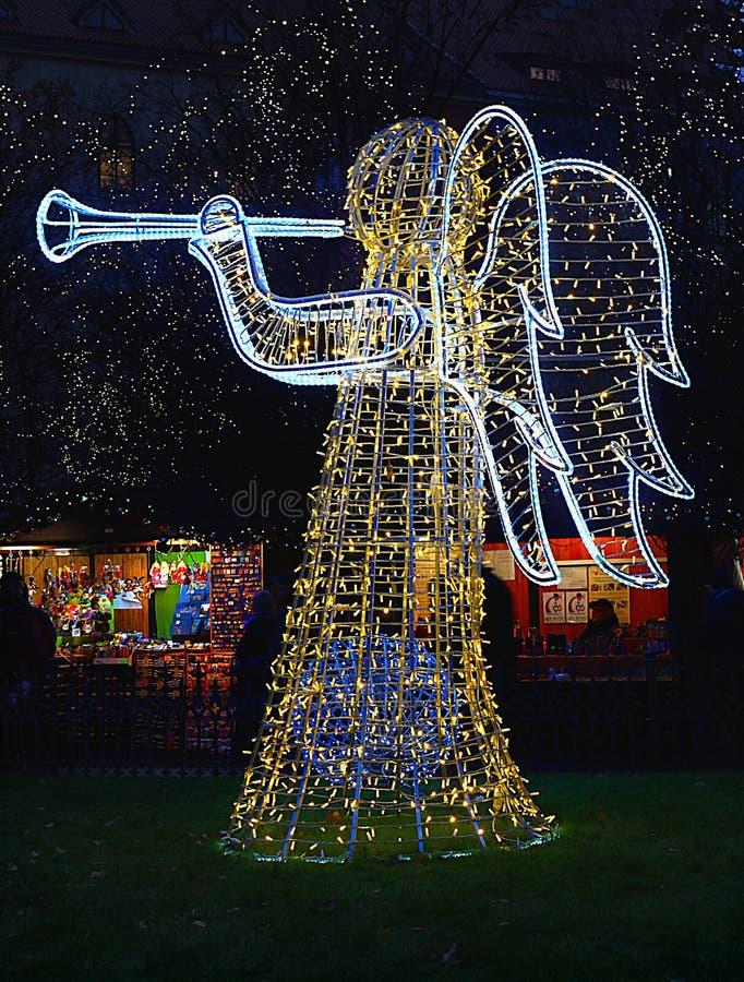 圣诞节假日愉快的天使 免版税库存照片