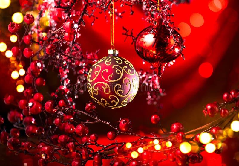 圣诞节和新年红色装饰 眨眼睛假日背景 库存照片