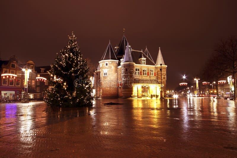圣诞节在Nieuwmarkt的阿姆斯特丹在由n的荷兰 库存照片
