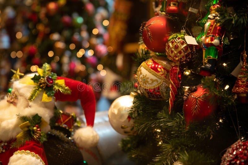 圣诞节场面在模糊的背景中 免版税库存照片