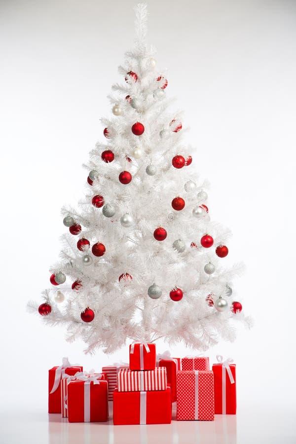 Download 圣诞节我的投资组合结构树向量版本 库存照片. 图片 包括有 沐浴者, 欢乐, 照亮, 棚车, 红色, 金子 - 62532900