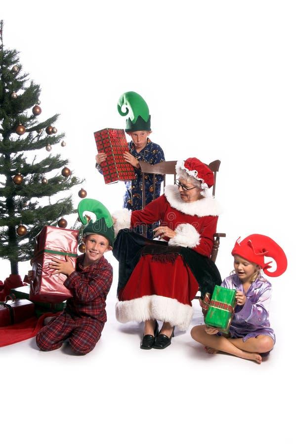 圣诞节早晨s圣诞老人夫人 库存图片