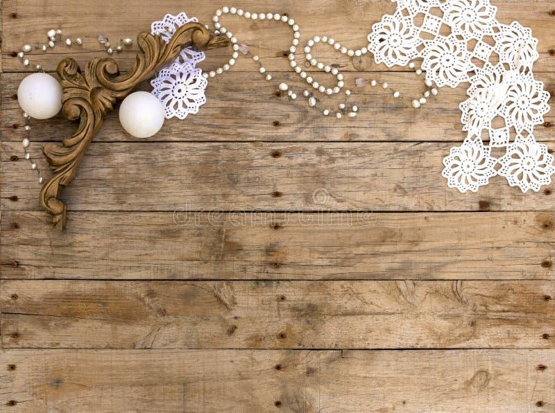 圣诞节明信片框架,贺卡的木背景 葡萄酒木和白色元素 Xmas墙纸 库存照片