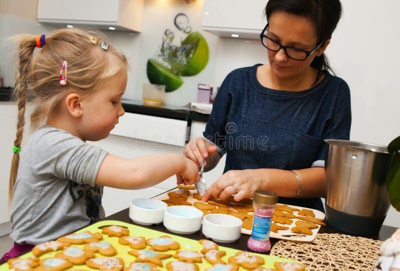 圣诞节曲奇饼装饰 免版税库存图片