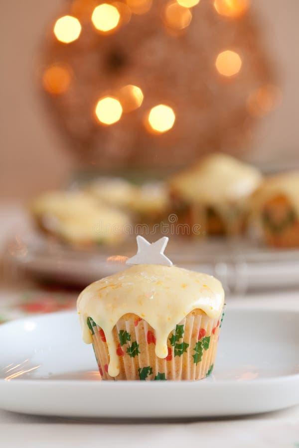 圣诞节杯形蛋糕 免版税库存照片