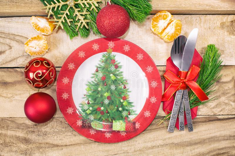 圣诞节桌餐位餐具 欢乐的背景 免版税图库摄影
