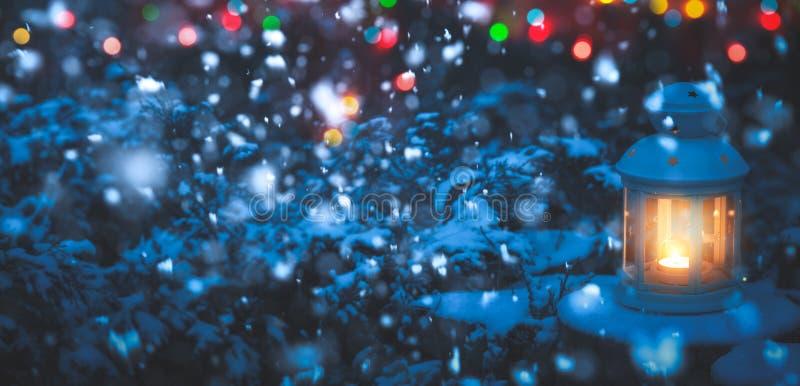 圣诞节灯笼和光 免版税库存照片