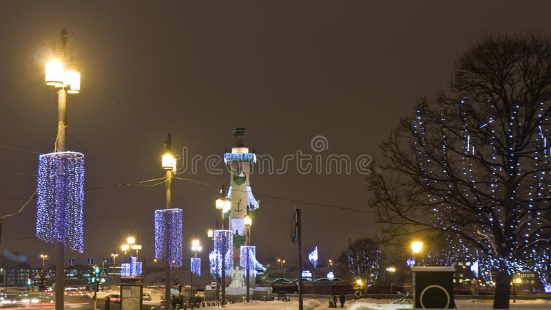 圣诞节照明的圣彼得堡 图库摄影