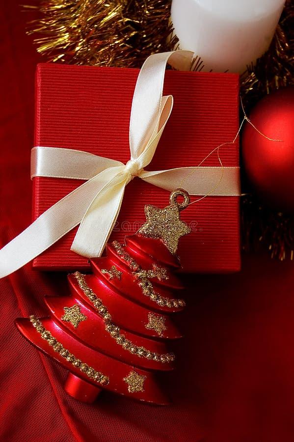 Download 圣诞节玩具结构树 库存图片. 图片 包括有 红色, 愉快, 快活, brander, 欢乐, 竹子, 圣诞节 - 15680753