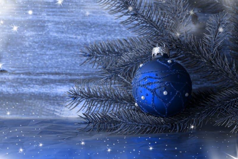 Download 圣诞节球 库存图片. 图片 包括有 看板卡, 绿色, 杉木, 竹子, 国界的, 锥体, 框架, 背包, 空白的 - 59104277