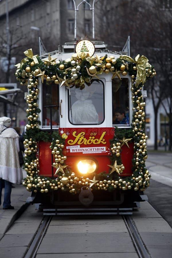 圣诞节电车在维也纳 库存图片
